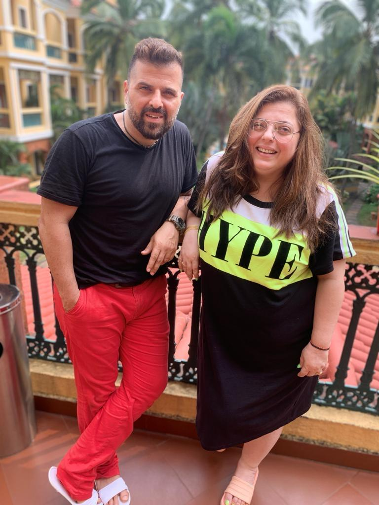 Here's how Delnaaz Irani is unwinding in Goa/ sister brother holidaying in Goa!