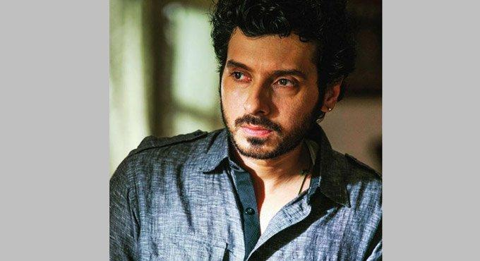 Fun to portray someone you are not in real life: Divyendu Sharma