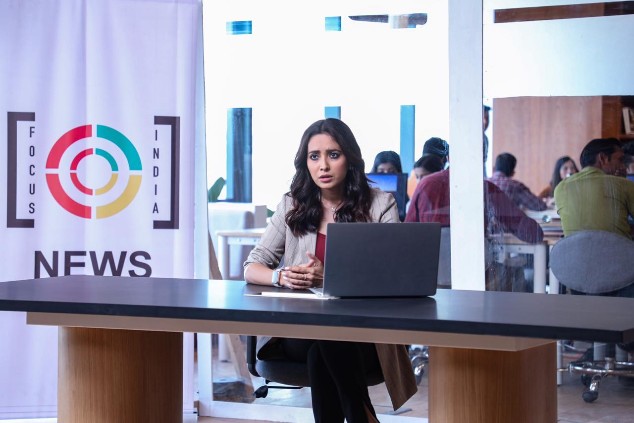 Asha Negi is on a pursuit of truth as a strong investigative journalist in ZEE5's 'Abhay 2'