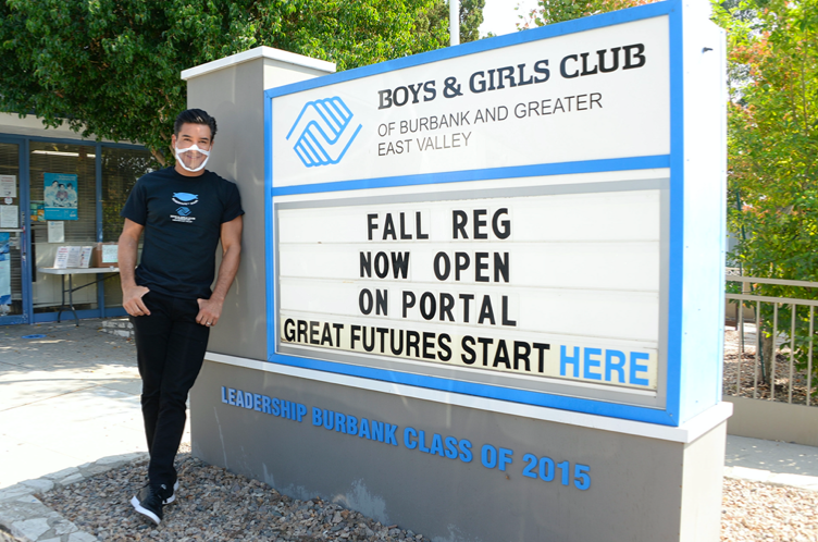 Mario Lopez Stops By The Boys and Girls Club